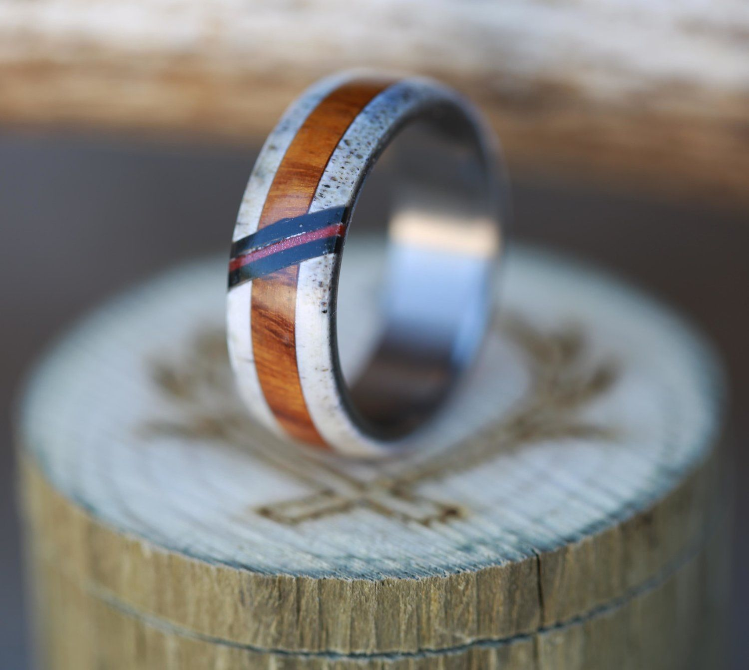 MEN'S WEDDING BAND WITH ANTLER & WOOD WITH AN ACRYLIC