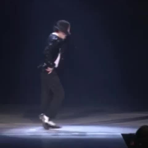 "Jayne Hernon en Twitter: ""#MichaelJackson #mix #hoo  (Vine by @JacksonM55) https://t.co/EKIF9frHAF"""