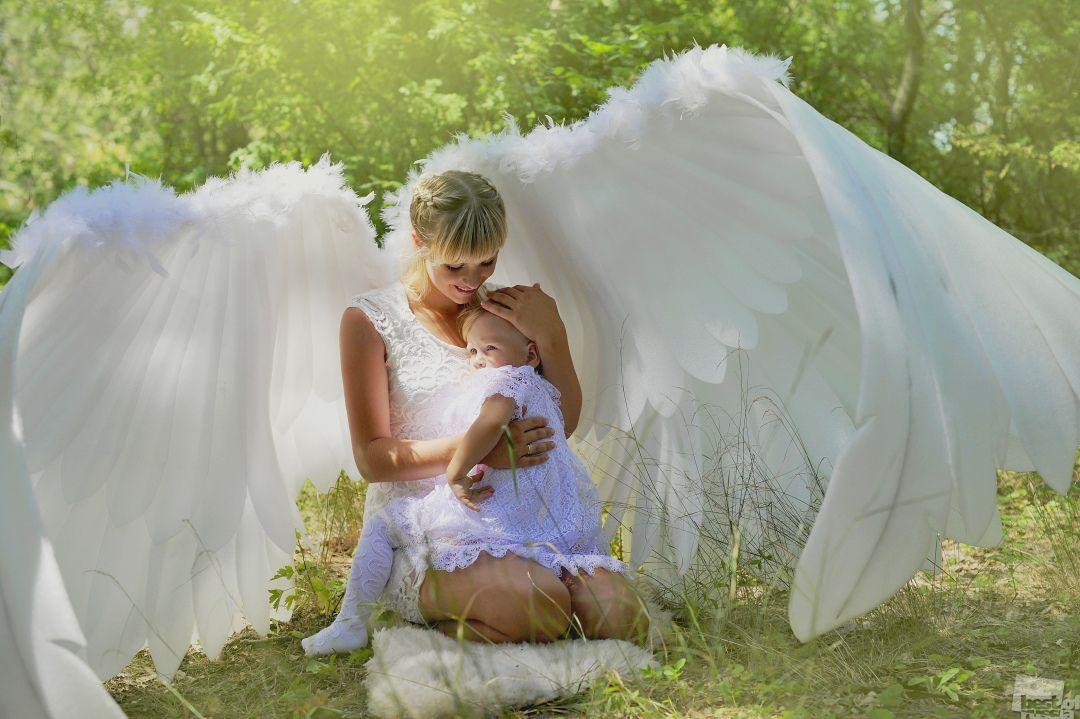 время картинки мама ангел с детьми весна
