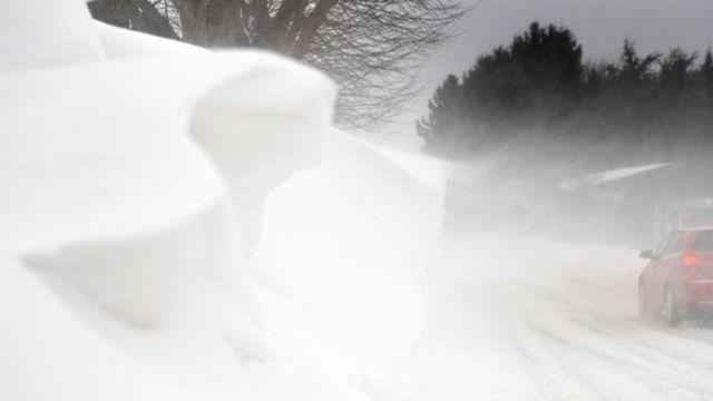 Bloqué en chaise roulante dans le blizzard