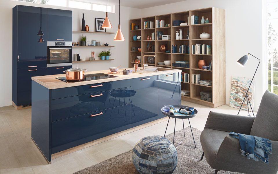 Küche in Dunkelblau Hochglanz, Griffe in Kupfer - Küche&Co | neue ...