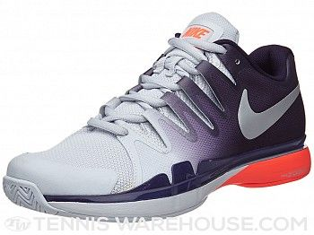 Roger Federer\u0027s newest tennis shoe, the Nike Zoom Vapor 9.5 Tour  Purple/Crimson