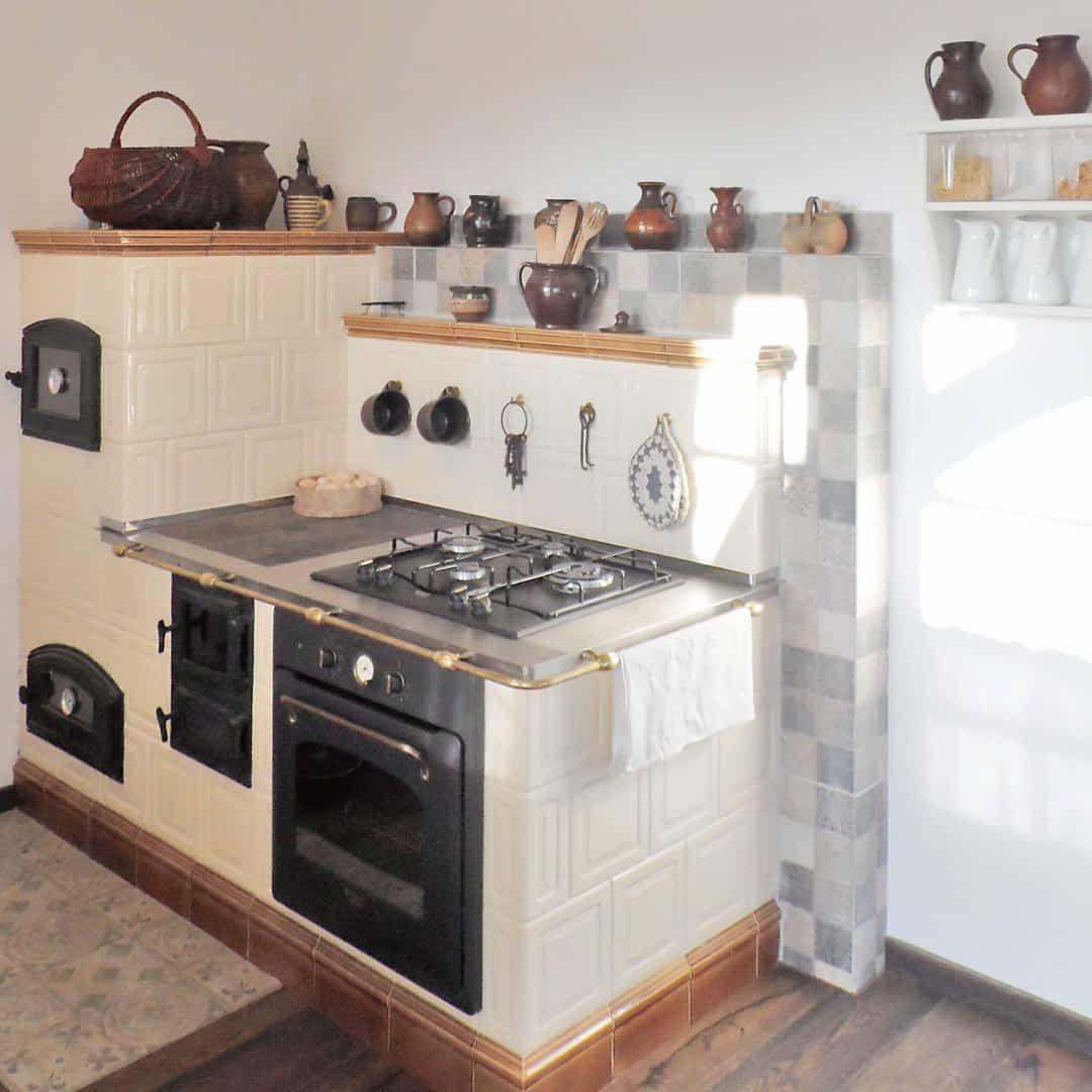 Nowoczesna Kuchnia Wcale Nie Musi Byc Miejscem Przypominajacym Laboratorium W Ktorym Kroluja Sprzety Z Rozbud In 2020 Farmhouse Kitchen Decor Kitchen Decor Home Decor