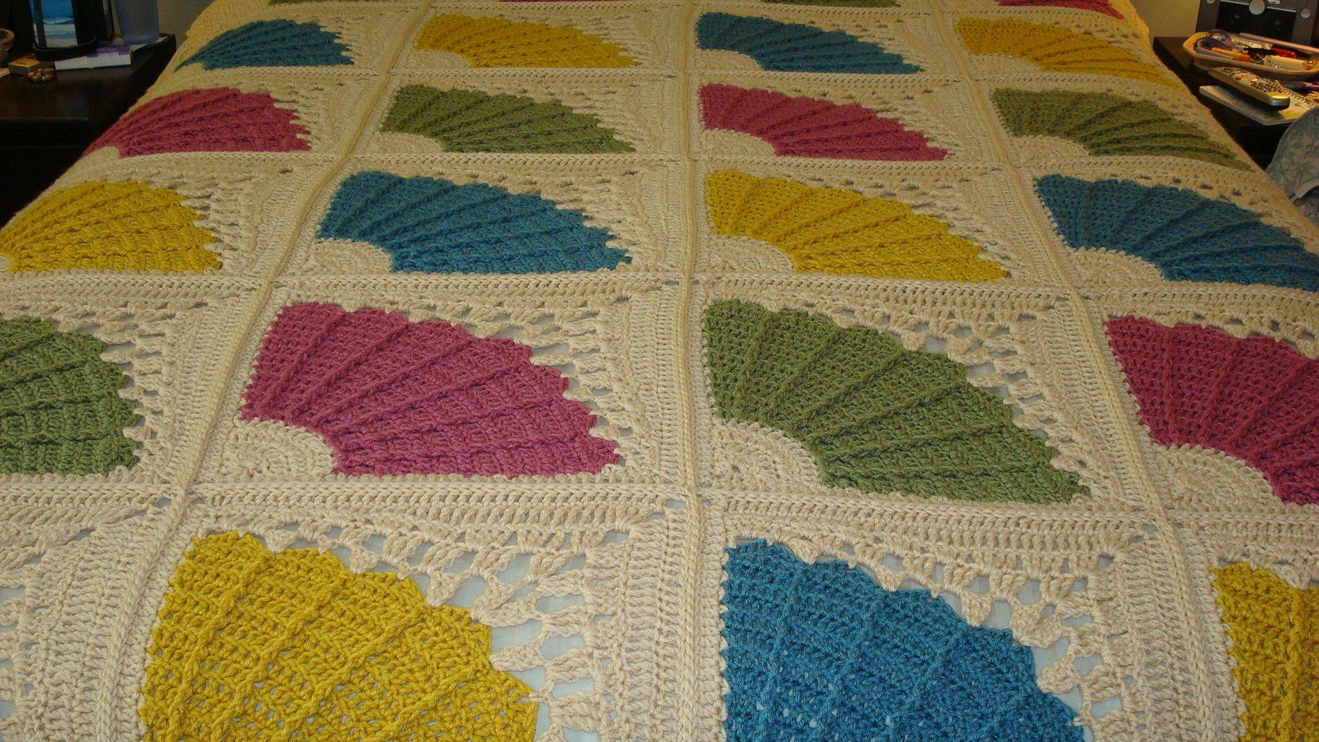 Knitting Afghan Patterns Pinterest : Crochet Fan Afghan crochet/knit Pinterest