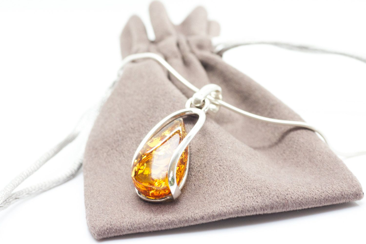 BALTIC AMBER AND STERLING SILVER 925 DESIGNER MULTI-COLOURED PENDANT JEWELLERY JEWELRY NO CHAIN