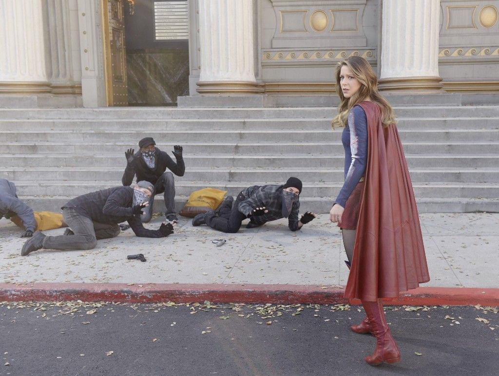 Supergirl Melissa Benoist (With images) Supergirl season