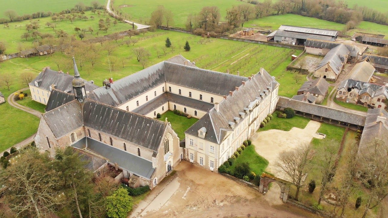 Une Ballade Autour De L Abbaye Notre Dame De Melleray De Bretagne
