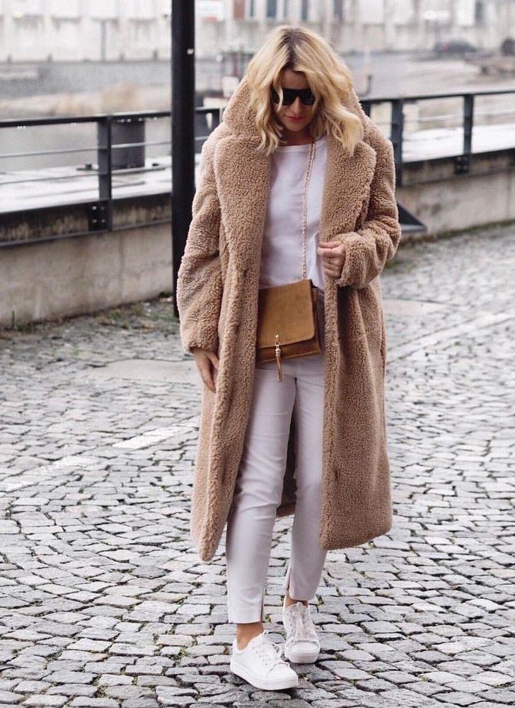 Photo of H&M Blogger lang frakk laget av teddy fleece M 38-40 NYTT med etikett | Kjole & …
