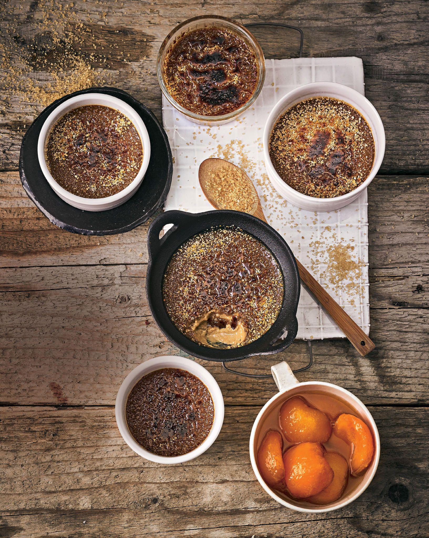 Schokoladen Creme Brulee Mit Aprikosenkompott