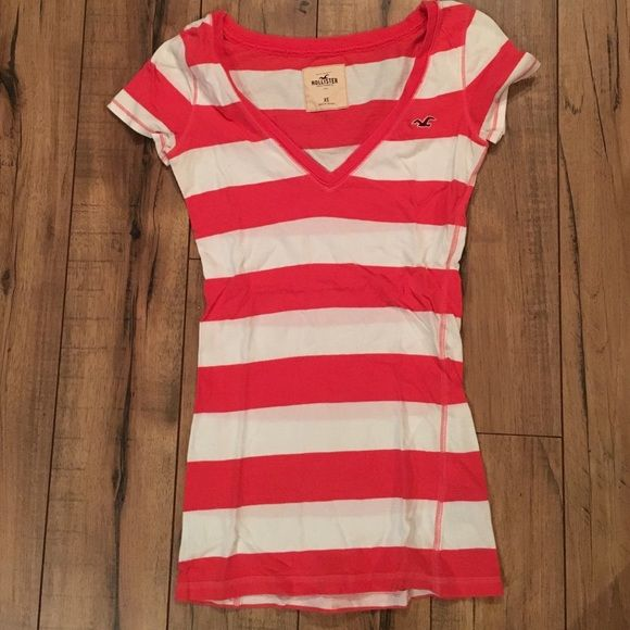 Striped Hollister Tee Gentle use. V-neck. White and coral. Hollister Tops Tees - Short Sleeve