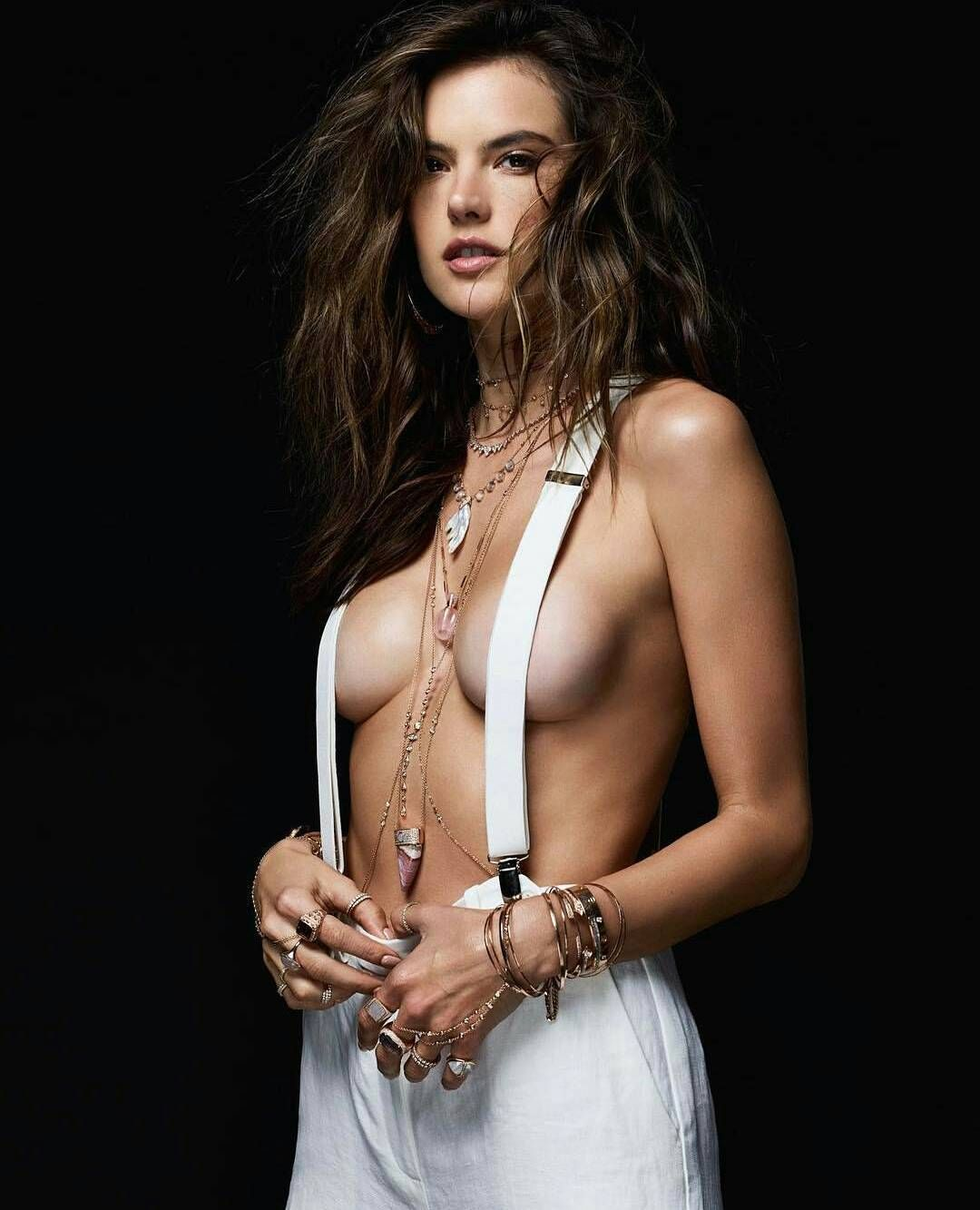 Forum on this topic: Kristen Stewart Caught In The Act Cheating Again, alessandra-ambrosio-sexy-67-photos/