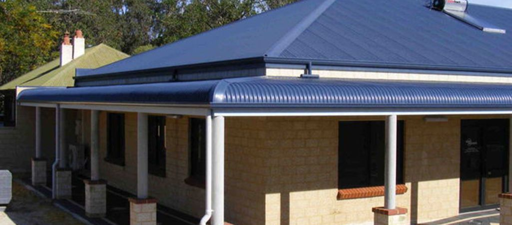 Bullnose Verandah Bullnose Roofing Verandah Rafters Carports And Window Awnings Experts In Melbourne Veranda Window Awnings Roofing