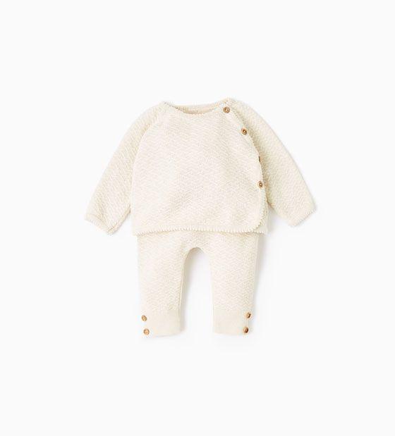 Ihana luonnonvalkoinen neuleasu vauvalle silkkiä ja puuvillaa  Baby style by ZARA
