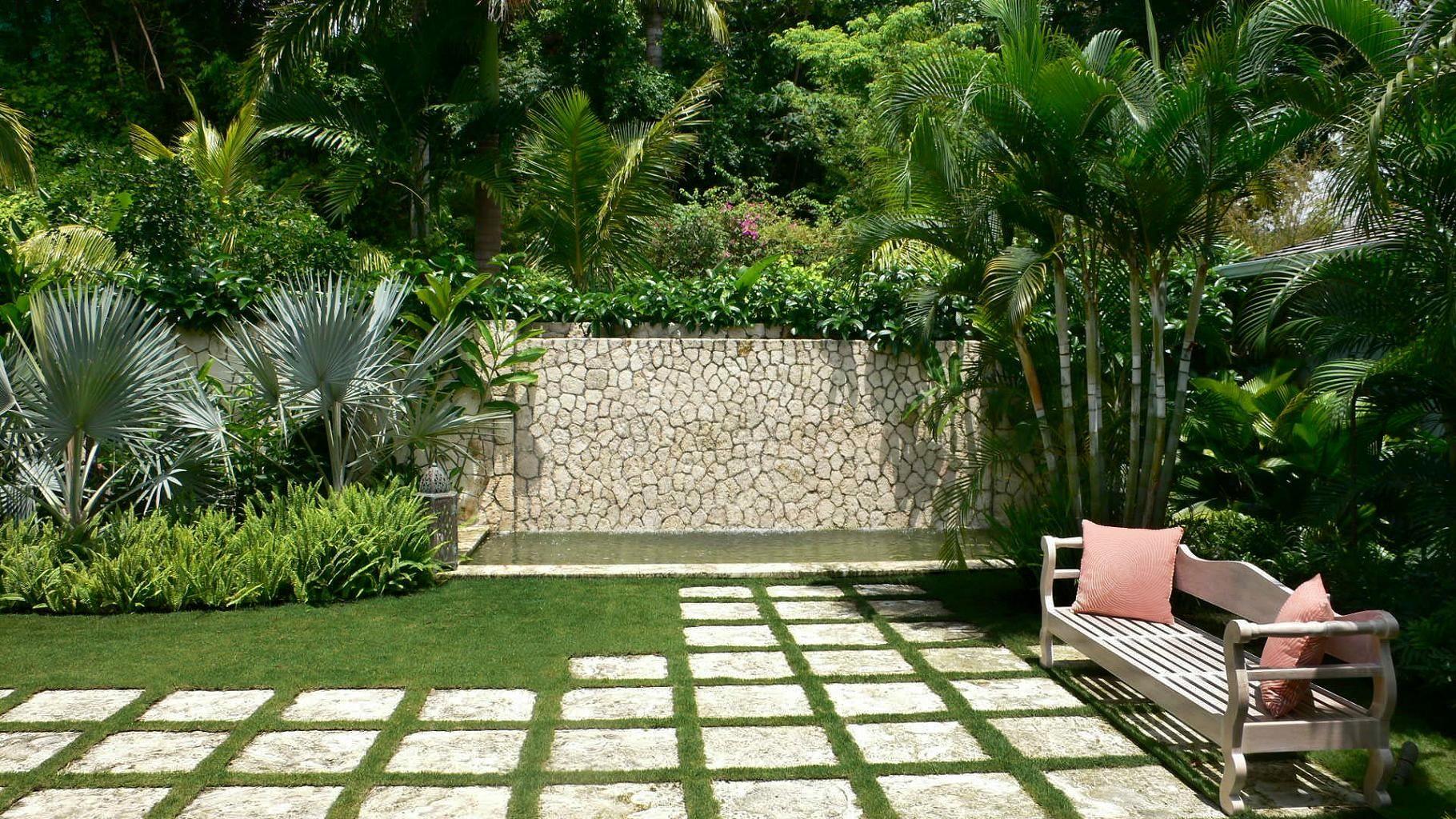 Simple garden ideas for backyard - Pretty Garden Landscapes Design Inspiration Wonderful Landscape Simple Garden Ideas Natural Stone Hedges Palm Tree Embellish