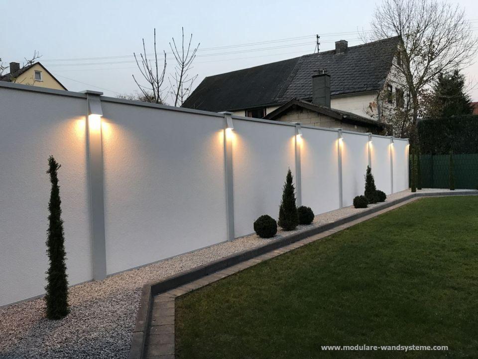 Modulare Wandsysteme Mit Splitstreifen Bepflanzung Und