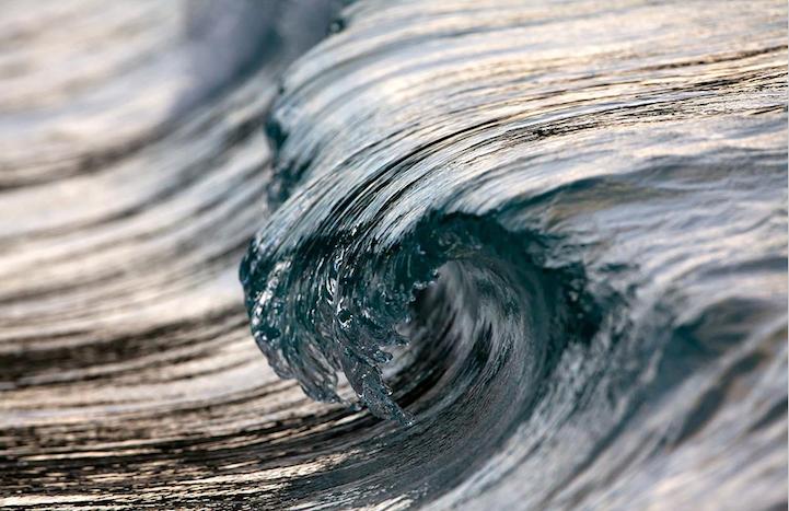 Photographer Perfectly Captures Magnificent Cresting Waves My Modern Metropolis Golf Oceaangolven Foto Achtergronden