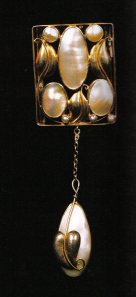 Josef Hoffmann. Pendant / brooch. Gold and mother-of-pearl. Made by the Wiener Werkstatte, c. 1912.