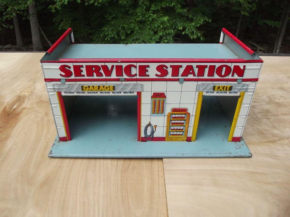 Vintage Tin Superior Service Center Gas Station Garage Toy