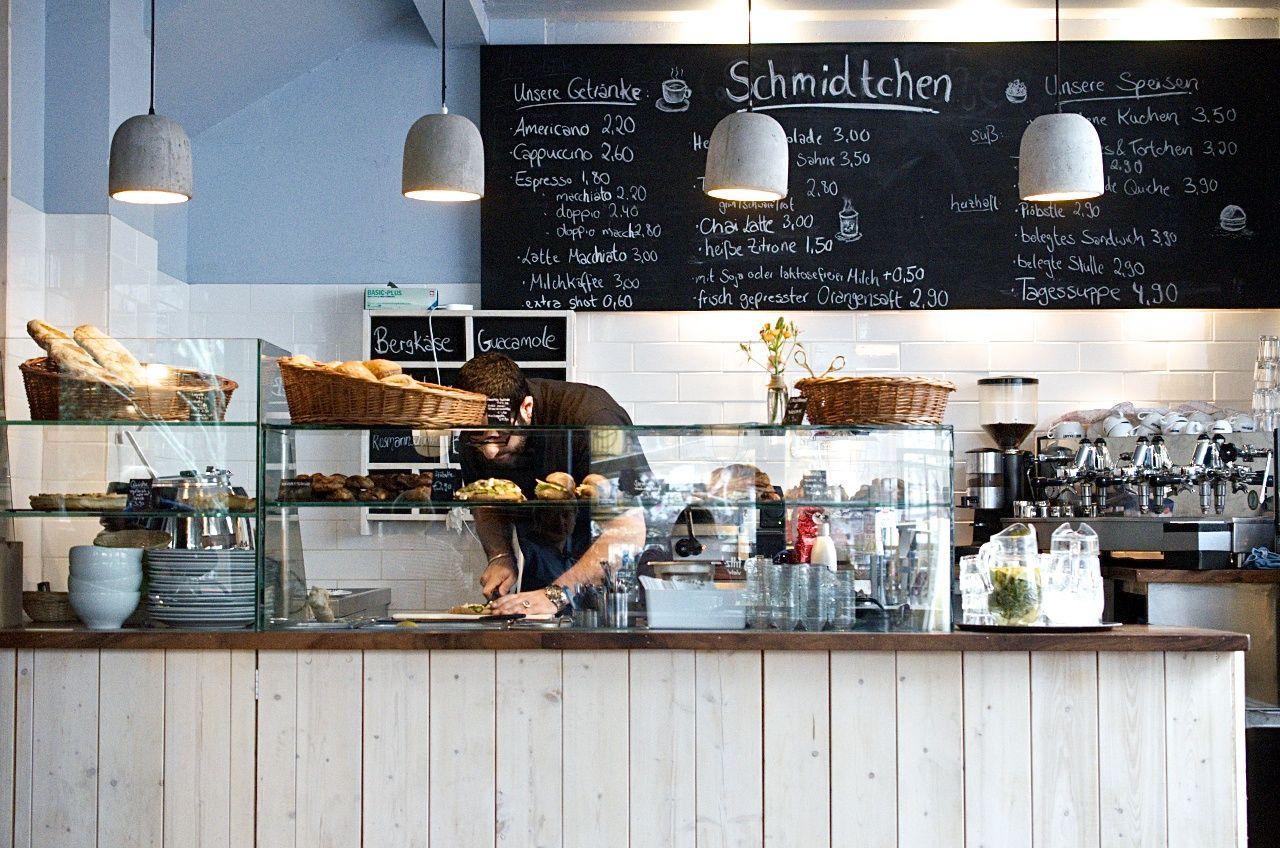 Schmidtchen Ein Café Tipp Für Kaffeejunkies Und Törtchenfreunde