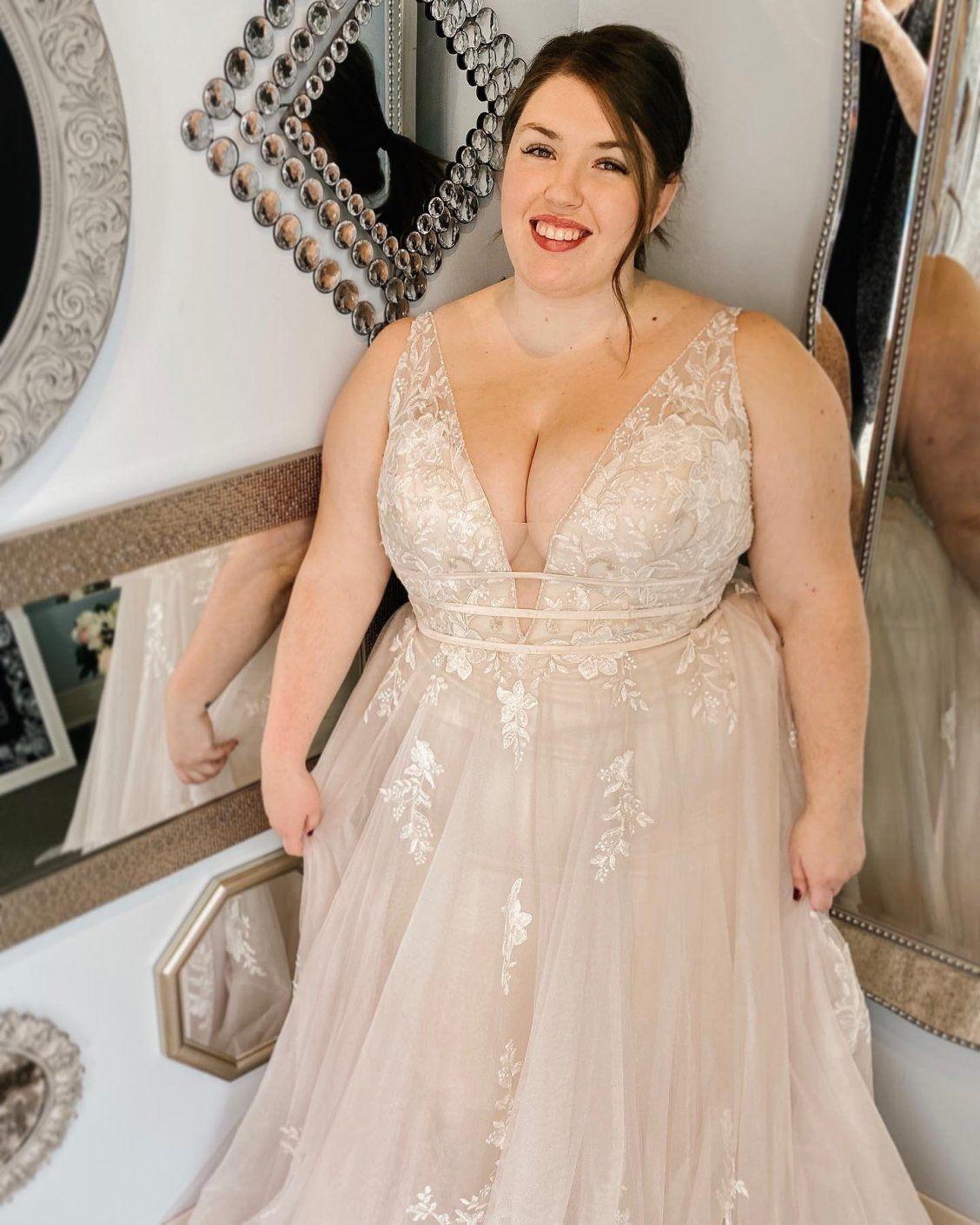 Pin On Plus Size Wedding Dresses [ 1410 x 1128 Pixel ]