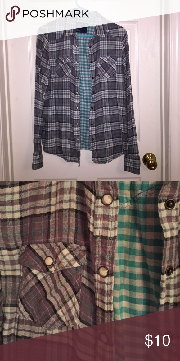 American Eagle Plaid Top Plaid top and checkered lining. Snap closures with pockets on each breast. American Eagle Outfitters Tops Button Down Shirts