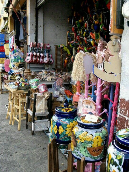 Quiroga michoac n i love this place so much walking - Canastos de mimbre ...