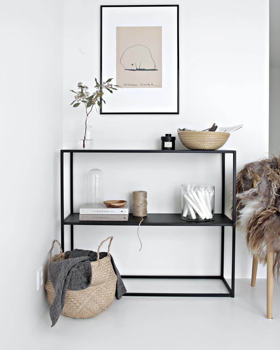 "Nina Holst op Instagram: ""More of my new shelf from @domo_design on the blog today #linkinbio #stylizimoshop #domodesign #newin"""