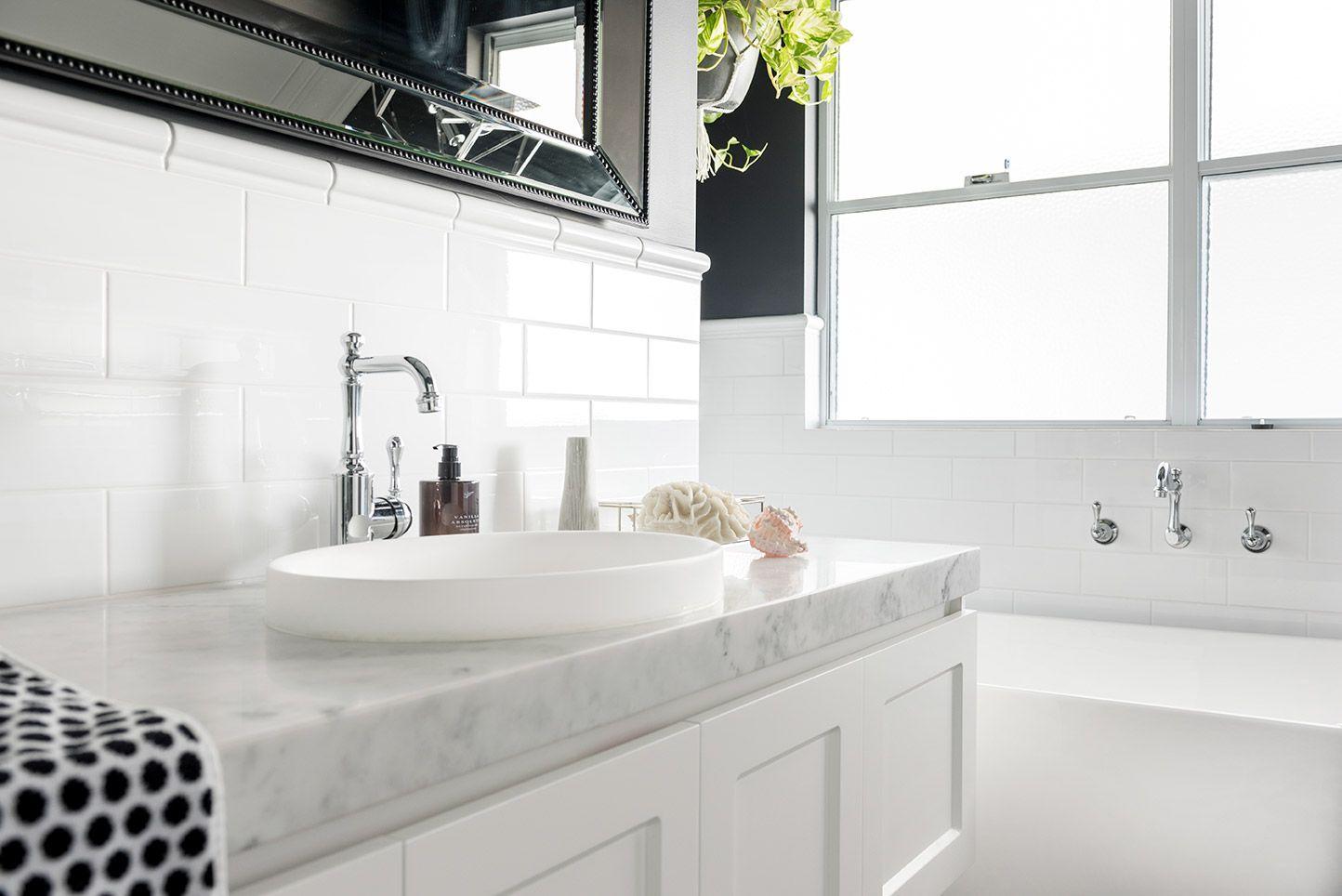 Classic Luxe Bathroom Located In Bunbury Wa Using Dulux Domino