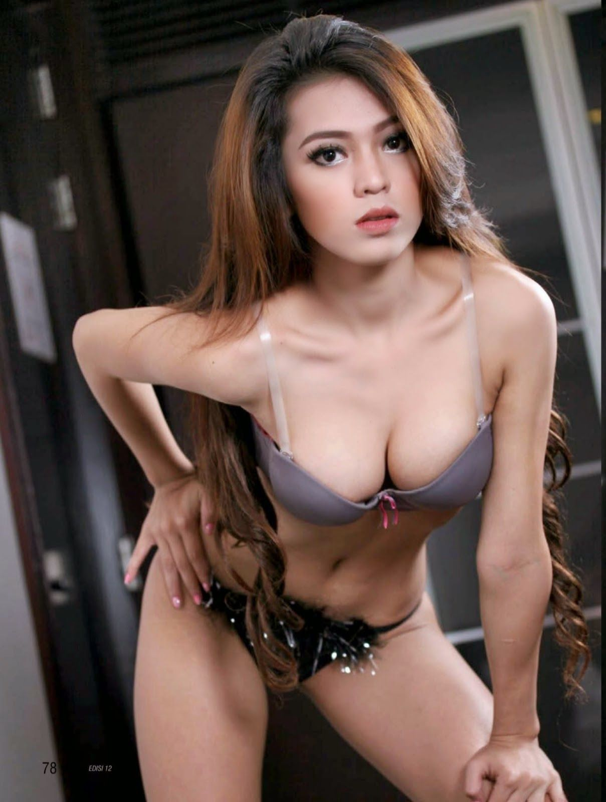 Verra Indah Purnama Sari Best Seksi Photoshoot Model Igo Gallery Foto