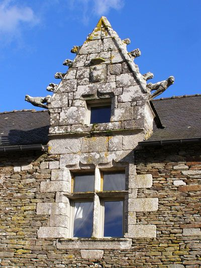 Kerledan-a 16th century manor house and bed and breakfast, located between Brest and Rennes