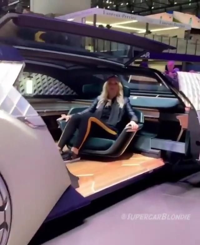 Super Car Blondie Inside The Future Of Renault Travel Slaylebrity Video Video Super Cars Luxury Cars Super Luxury Cars