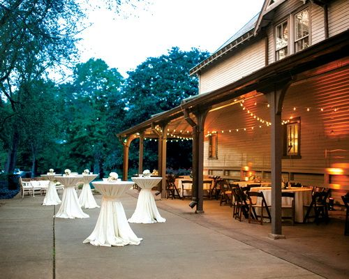 Nashville Wedding Venues Belle Meade Plantation Reception At Side Porch Of Carriage