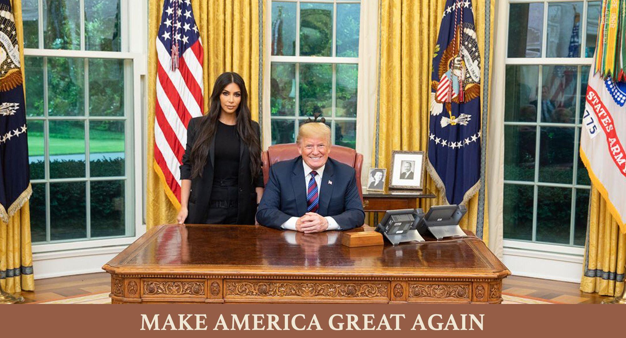 Pin By Chauj On Portfolio Kim Kardashian Kardashian Memes Kardashian