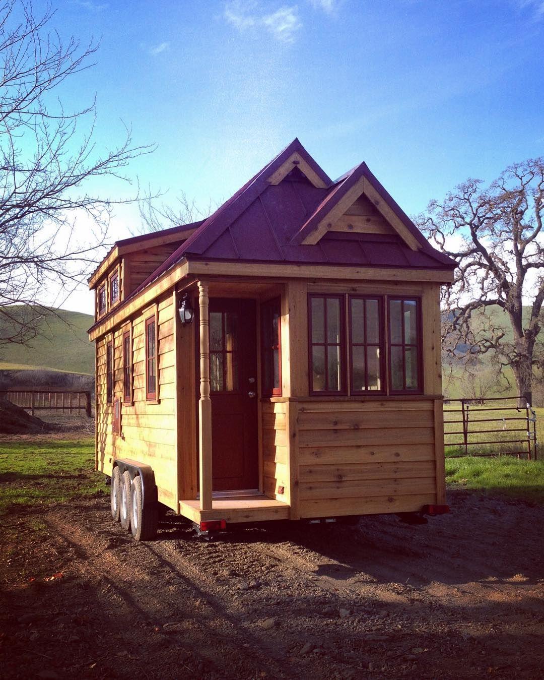 First day on the farm..... #tinyhome #tinyhouse #tiny #tinyhouseonwheels #tinyhousemovement #tinyliving #tinyhousedesign #cabinporn #cabin #architecture #tumbleweed #tumbleweedtinyhouse #home #farm #farmlife #postitfortheaesthetic #aquietstyle #nestandflourish #astilllifestyle #seekthesimplicity #lightandairy #pursuepretty #handmadehomegoods #kinfolkhome #apartmenttherapy #minimalist #housegoals #hgtv #gotiny