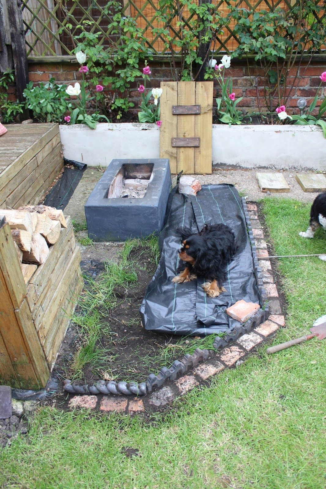 Laying Gravel In the Garden | Ogrodnictwo | Gravel patio