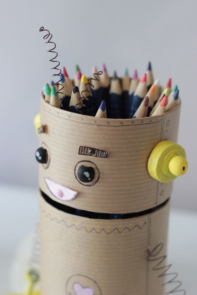 cr er un robot pot crayon recycl cr atif blog et robots. Black Bedroom Furniture Sets. Home Design Ideas