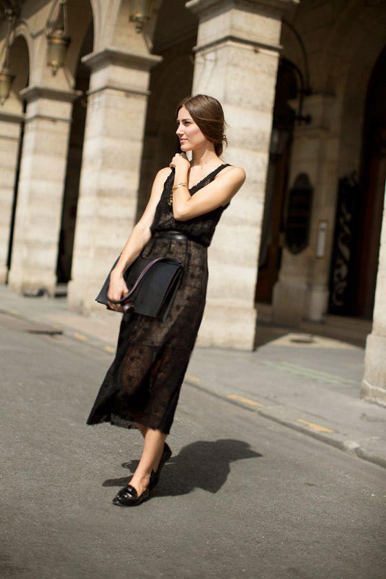 La Dolce Vita! A long black lace dress looks light and romantic set against an Italian backdrop.