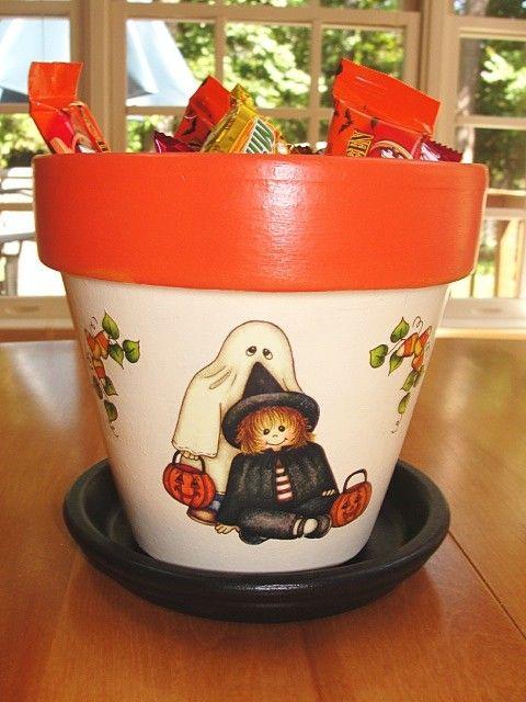 Halloween Flower Pot Glow in the Dark by EllensClayCreations, $20.00