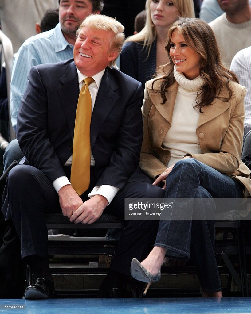 Donald Trump and Melania Trump during Celebrities Attend the Washington  Wizards vs New York Knicks Game November 4 2005 at Madison Square Garden in.