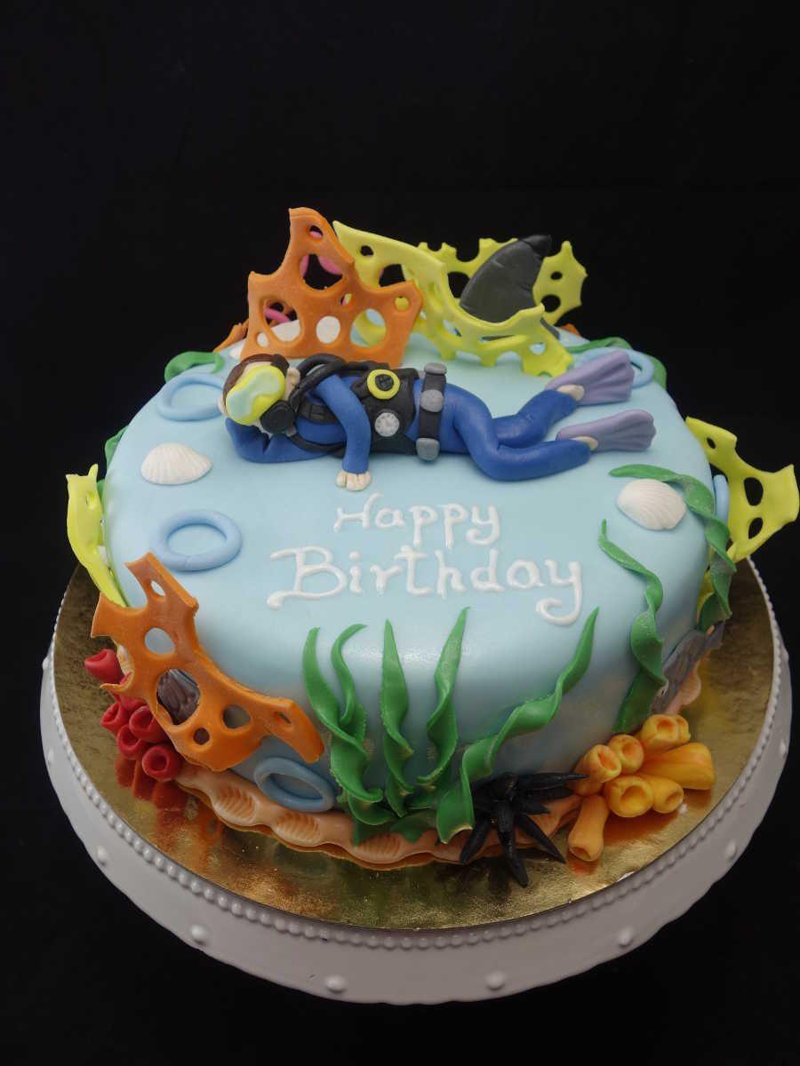 Lezardtorte Cafelezard Berlin Geburtstagstorte Torte Birthdaycake Cake Diver Taucher Hobbytorte Hobby Kuchen Geburtstag Kindertorte Kuchen
