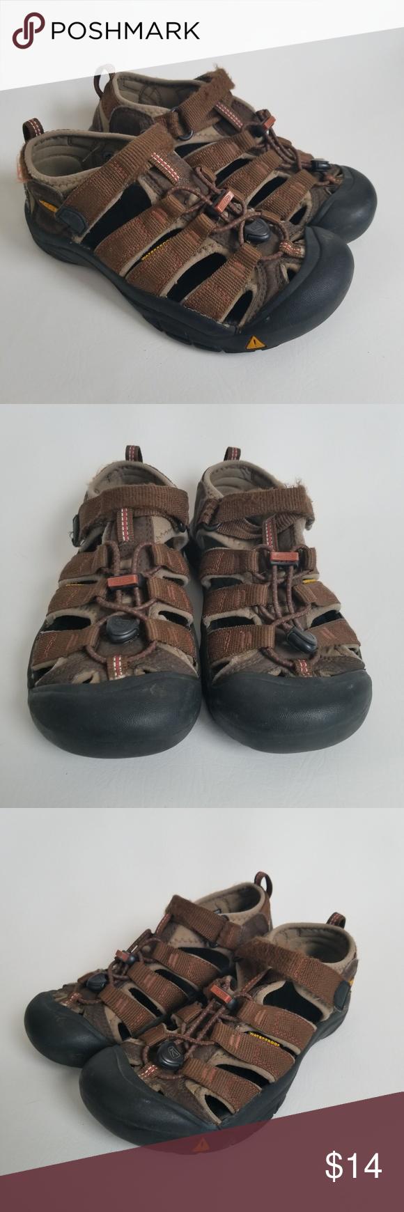 Keen Newport H2 Sandals Size 4 Boys Girls Brown