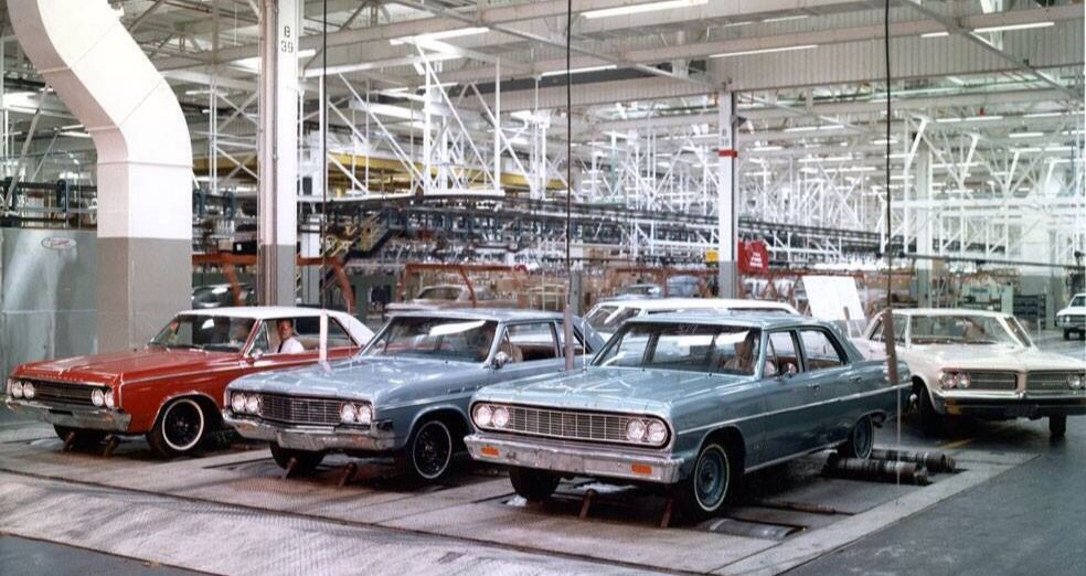 1964 GM assembly Plant Buick, Chevy & Olds at the end of the line! | Car Assembly Plants ...