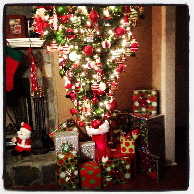 Upside Down White Christmas Tree: My Hanging Upside Down Christmas Tree!
