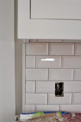 Renovation Week 29 Kitchen Update Sticky Bee Subway Tile Backsplash Kitchen Beveled Subway Tile White Subway Tiles Kitchen Backsplash