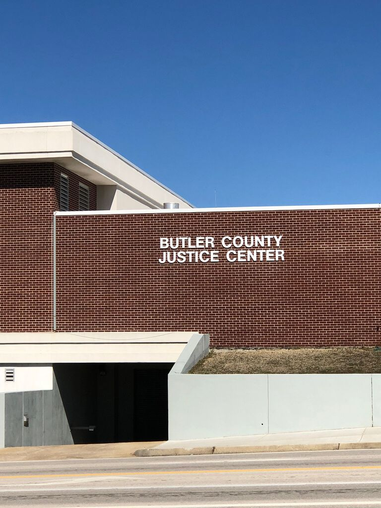 Entryway of Butler County Justice Center in Poplar Bluff