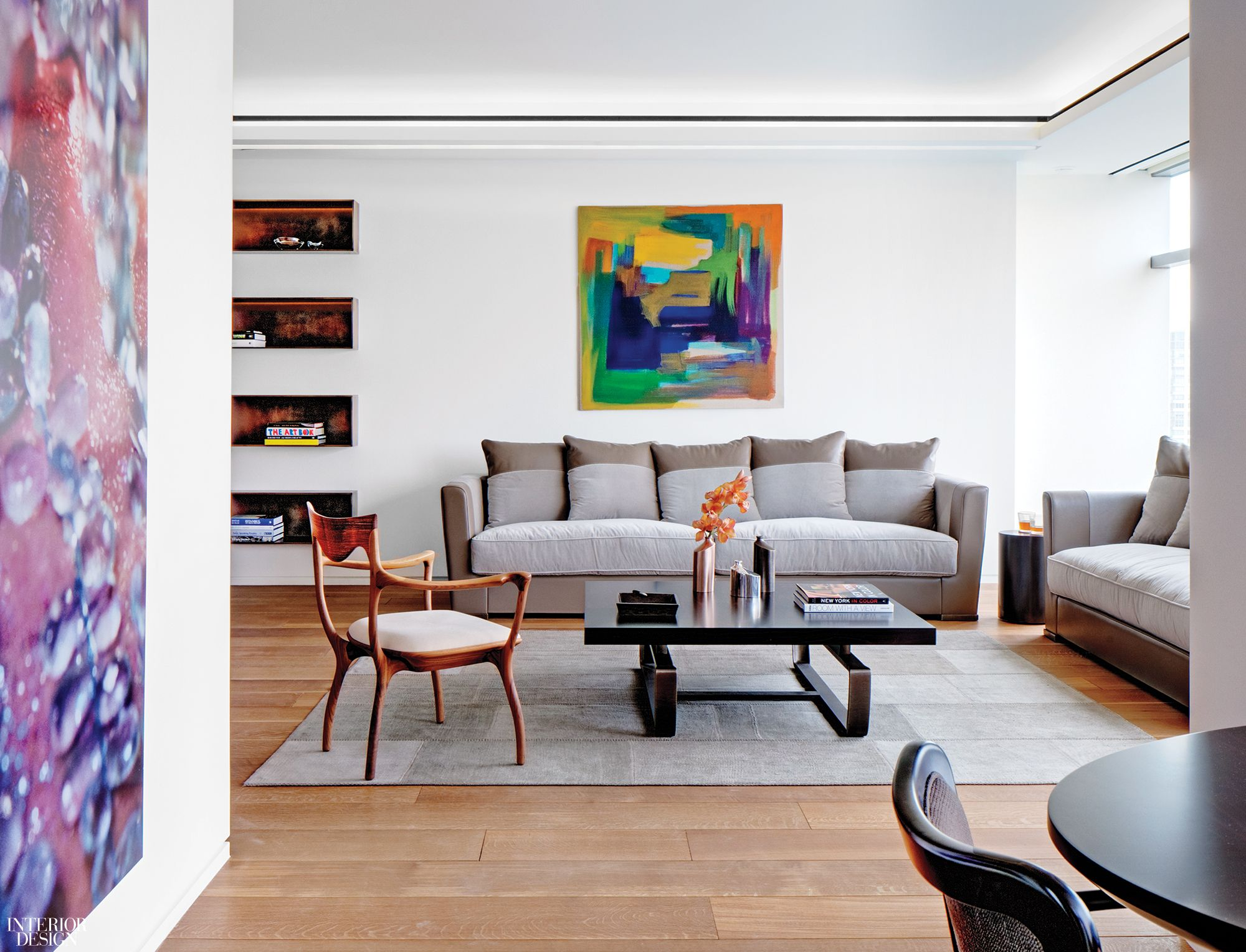 Andre Kikoski Reorients Nyc Apartment To Showcase Panoramic V