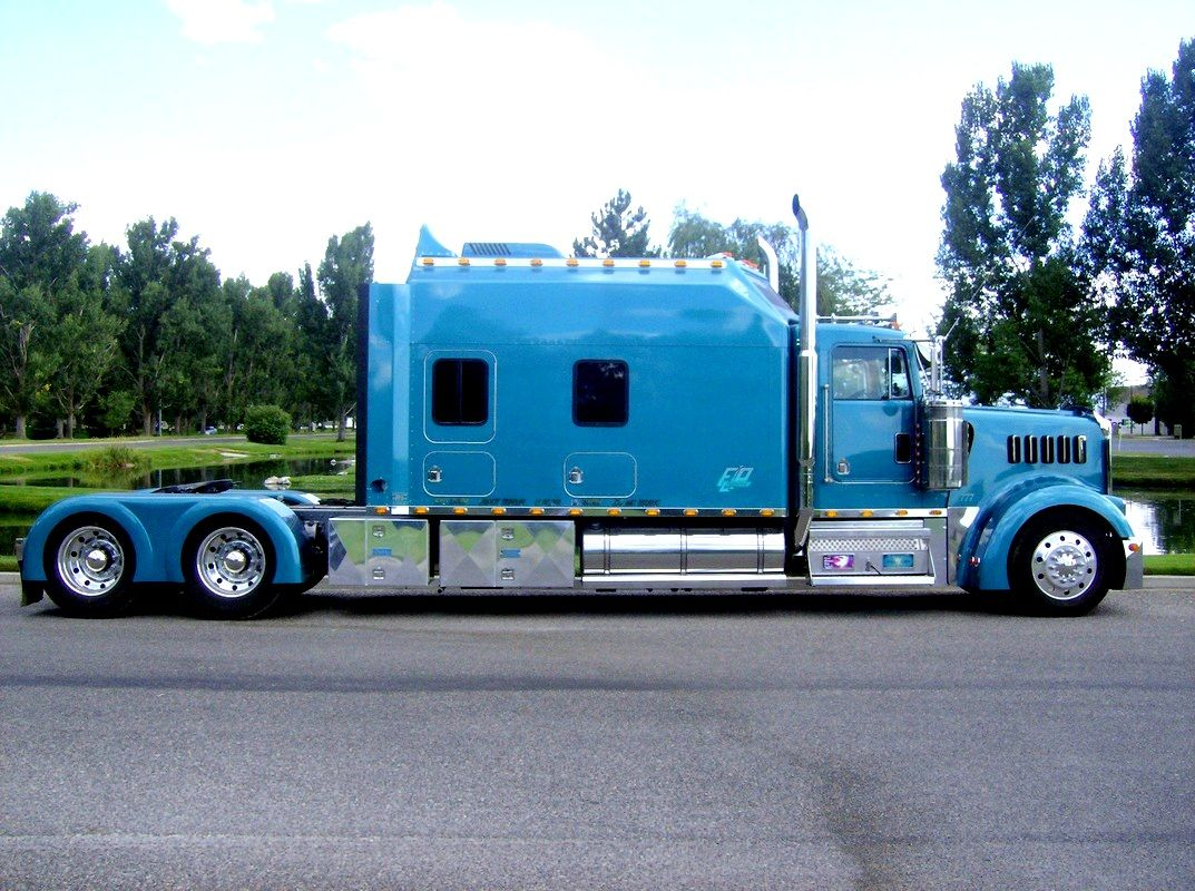 Big Custom Motorcoach - We buy used trailers in any condition ...