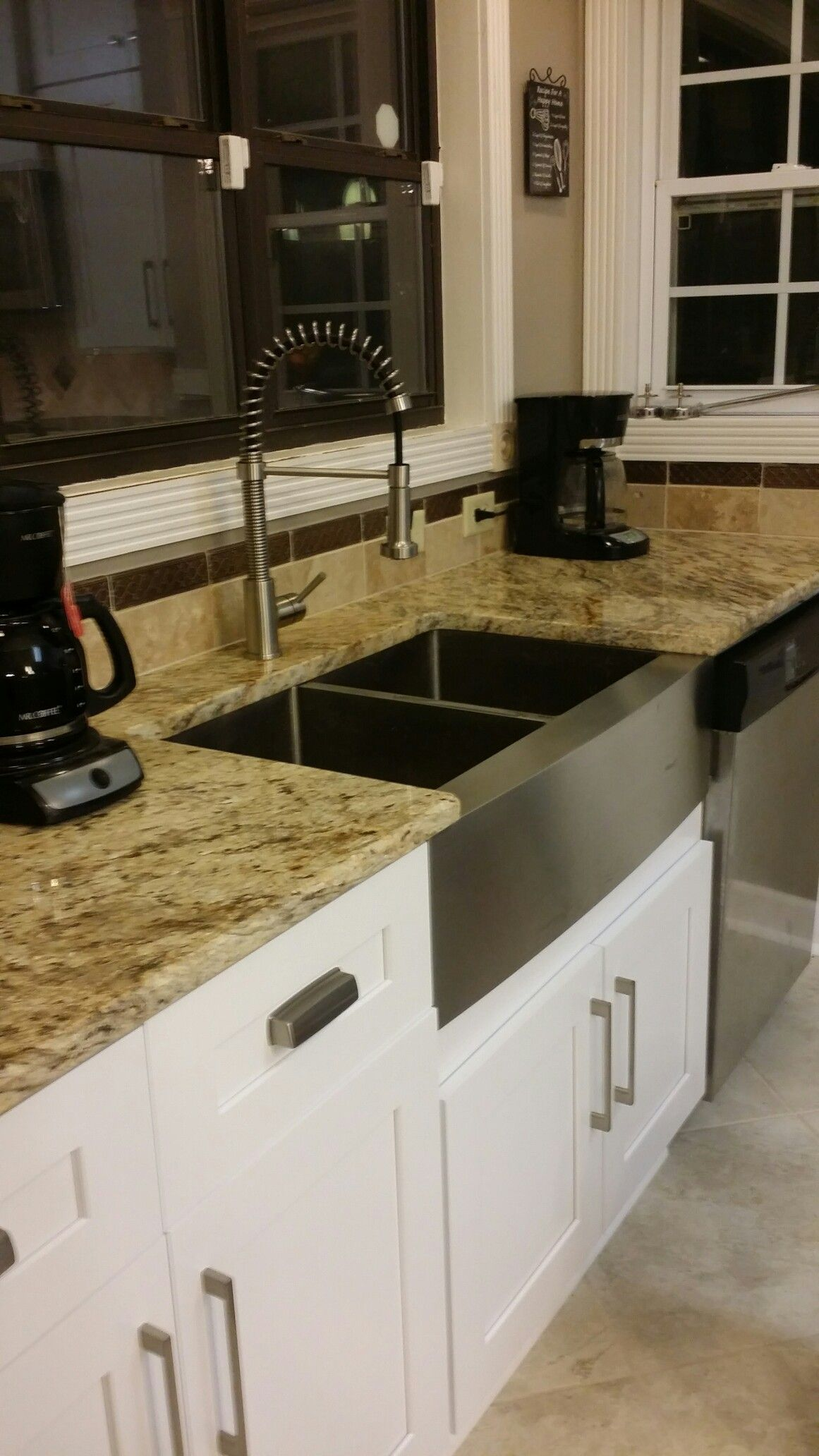 Travertine Tile Backsplash And Trim From Floors And Decor With Our