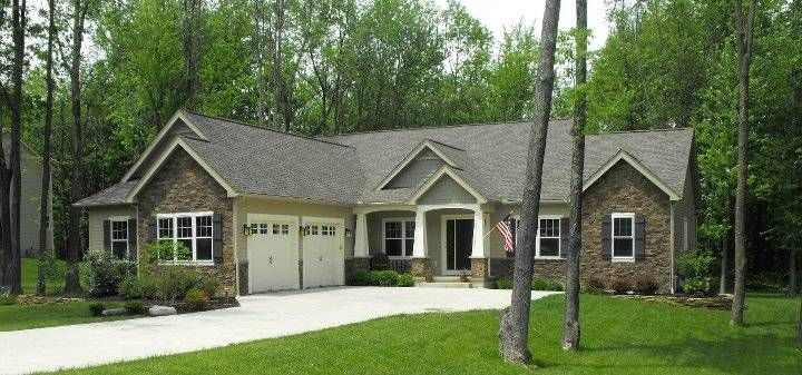 Beautiful ranch style home with amazing stone front for Beautiful ranch houses