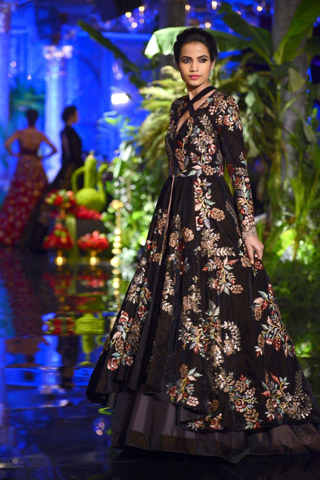 India Couture Week 2016 - Manish Malhotra #ICW2016 #ManishMalhotra ...